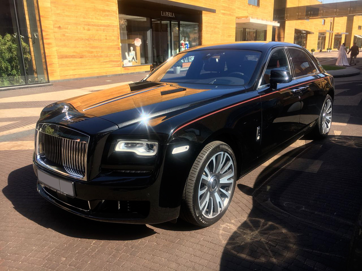 Бизнес такси Rolls-Royce Ghost